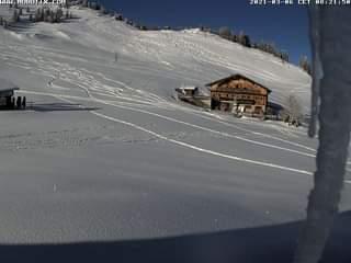 Ist möglicherweise ein Bild von Natur, Schnee und Text
